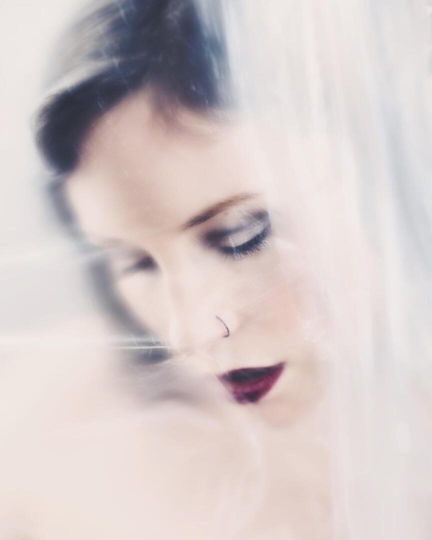 Fine-art Portrait Serie inhale 0001