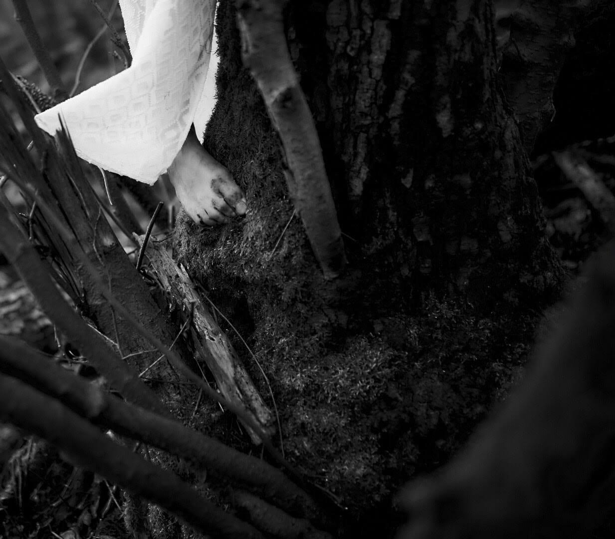 aktfotografie serie lost in the swamp 0018