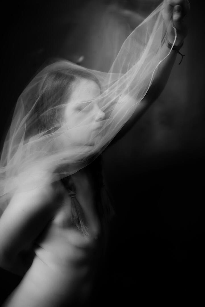 GHOSTS ARE AROUND | KONZEPTIONELLE FOTOGRAFIE