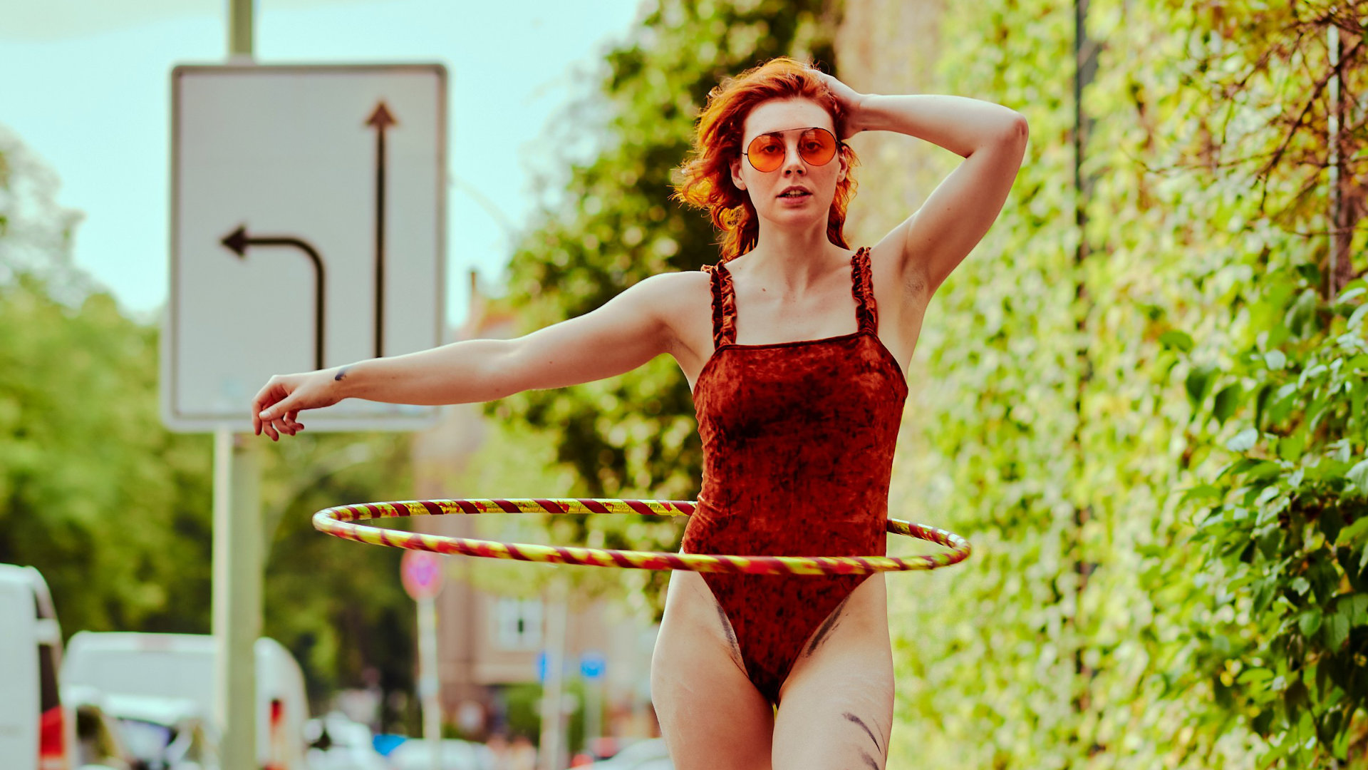 Hula Hoop - with Muriel La Roja_Titel